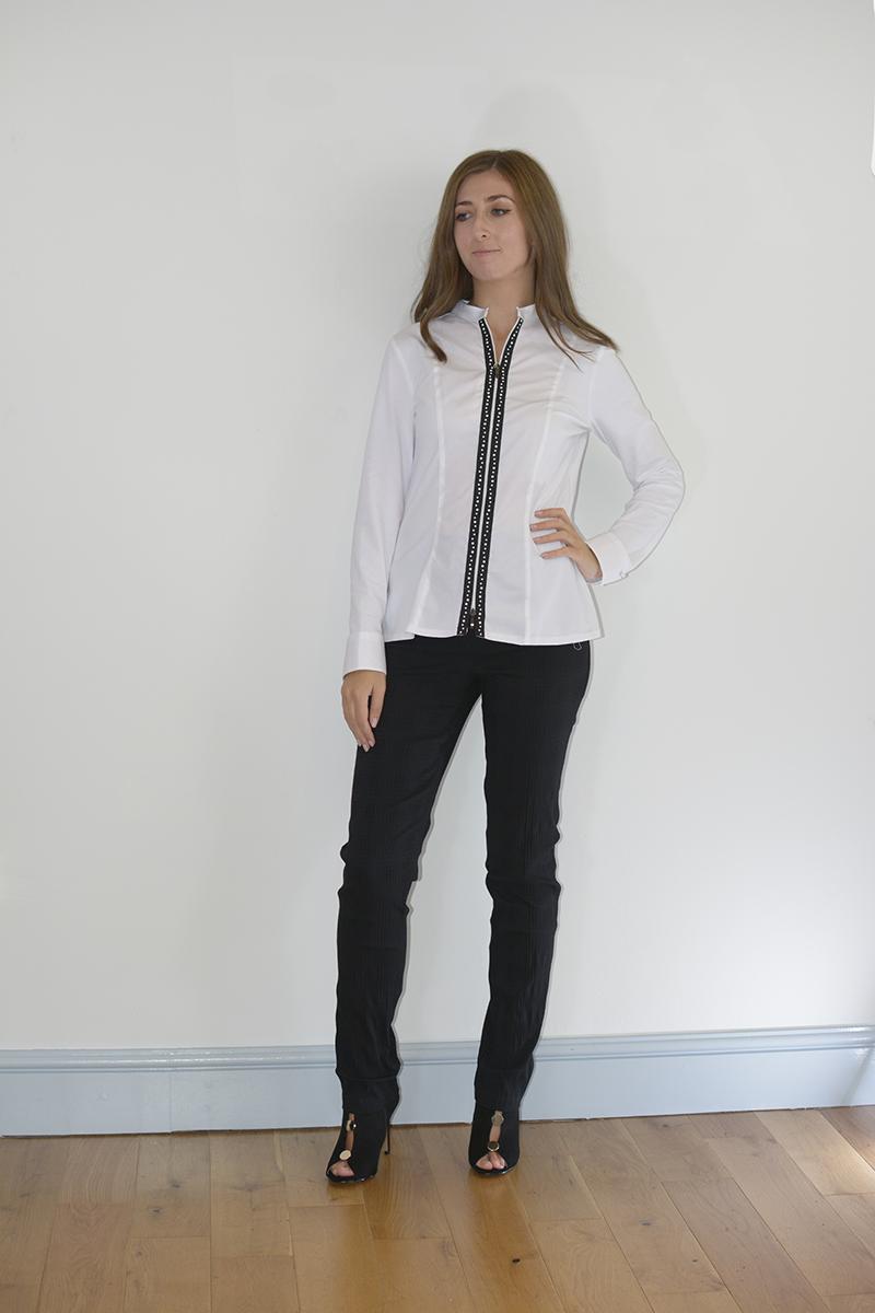 White Tuxedo Matching Pants Shirt In Desc Roblox - White Shirt Black Trousers Black Shoes Ficts